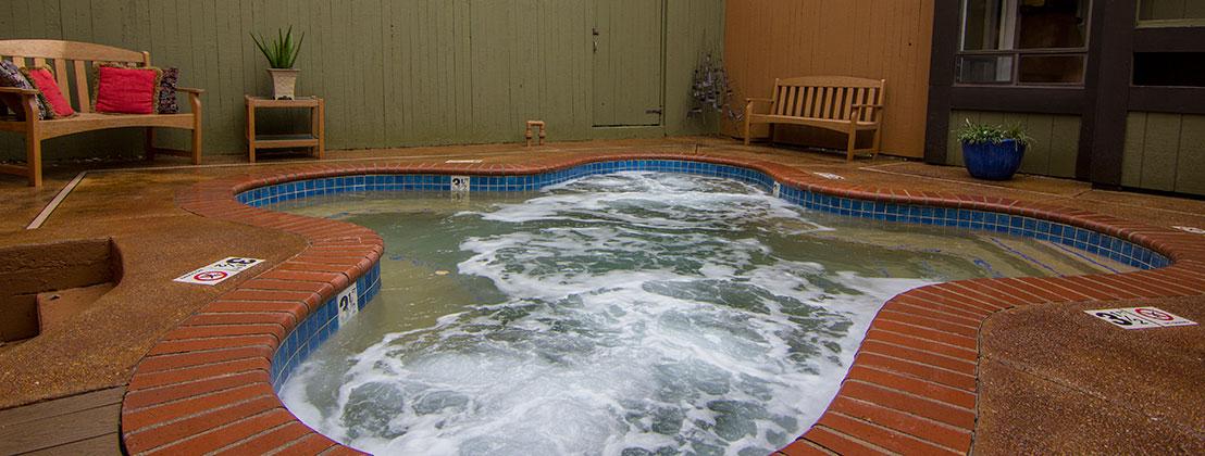 Hot Tub in Rio Hondo Condos Rentals